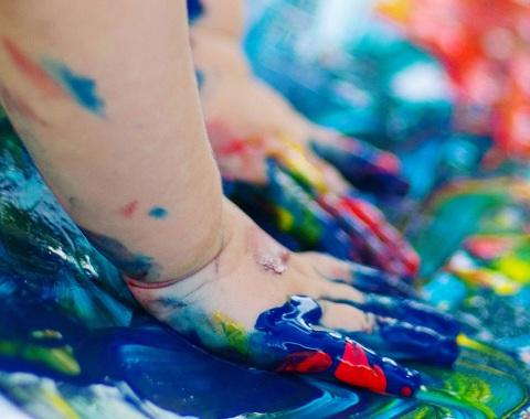 تاثیر آموزش هنر بر خلاقیت کودکان در آینده